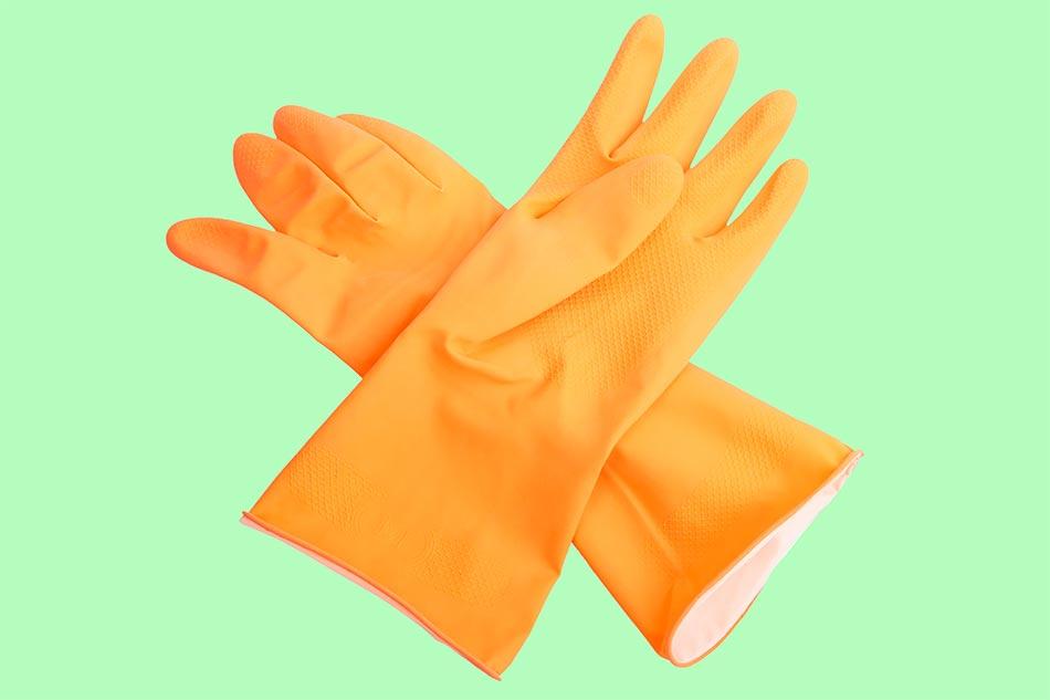 Chuẩn bị 1 chiếc găng tay